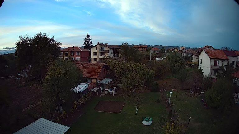 Уеб камера от гр. Нови Искър - област София