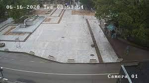 """Уеб камера от Свищов - централен площад от хотел """"Одисей"""""""