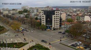 Уеб камера от центъра на Варна - панорама от центъра в посока пристанището и Черно море