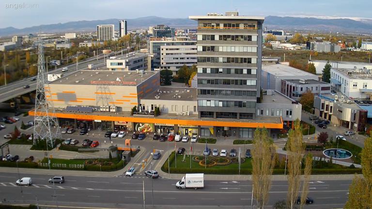 Уеб камера от София - панорама към Стара планина и летището от кв. Дружба I.